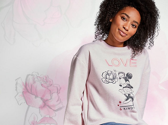 Positively Minnie Let your style bloom with our chic, floral collection SHOP NOW