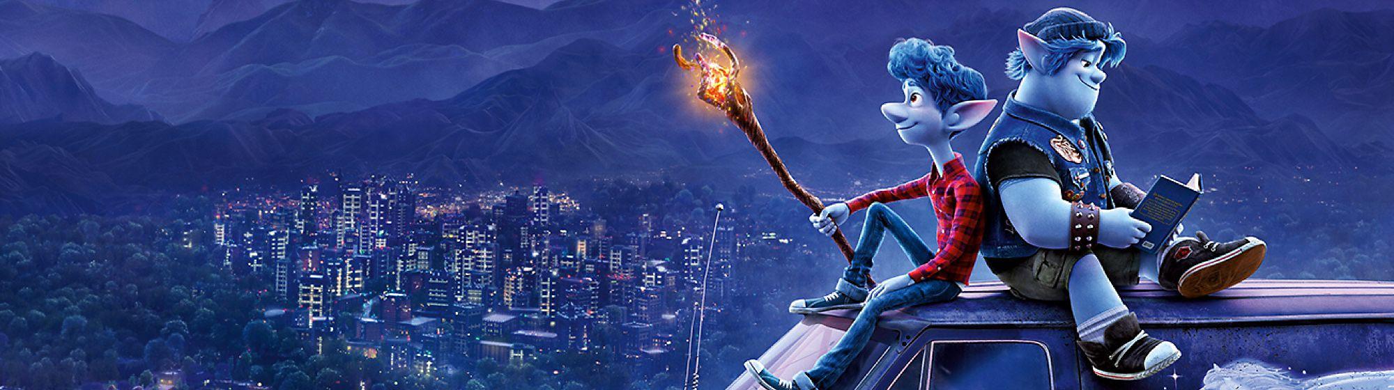 Onward Segui Ian e Barley nella loro epica ricerca in Onward - Oltre la magia, il film Disney Pixar di prossima uscita. Entra nel loro fantastico mondo dei sobborghi con la nostra collezione di peluche, cancelleria e altro ancora