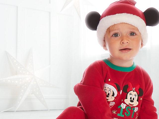 Noël pour les plus petits Préparez votre bout de chou pour les fêtes avec nos adorables tenues et peluches BOUTIQUE DE NOËL