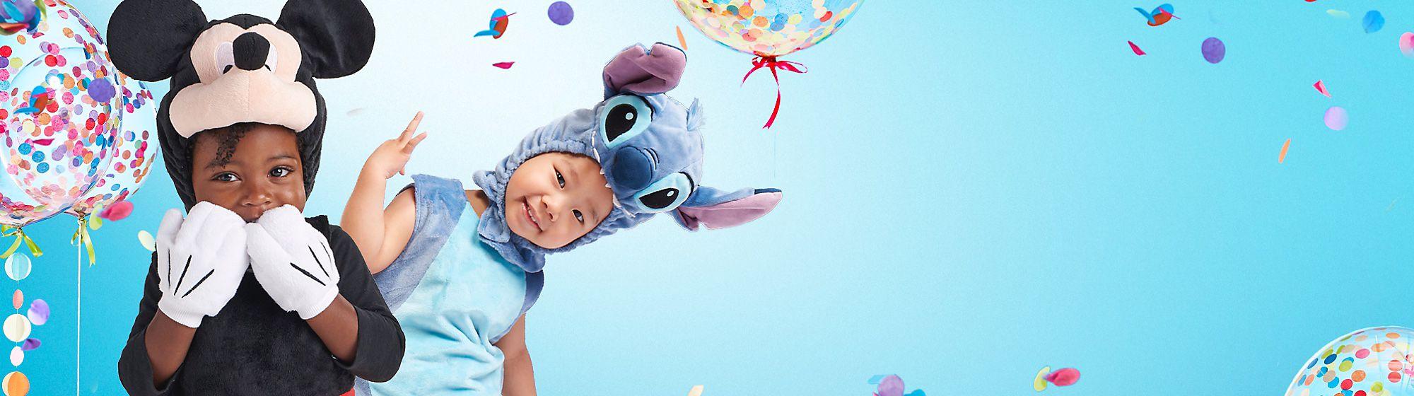 Babykostüme Durchstöbere unser Sortiment an Verkleidungen und Faschingskostümen für Babys und entdecke all deine Lieblingsfiguren wie Schneewittchen, Winnie Puuh, Tinkerbell und viele mehr.