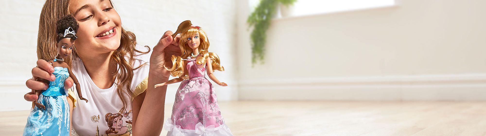 Bambole Storie e momenti di gioco spensierati con la bellissima collezione di bambole Disney, Star Wars, Pixar e Marvel