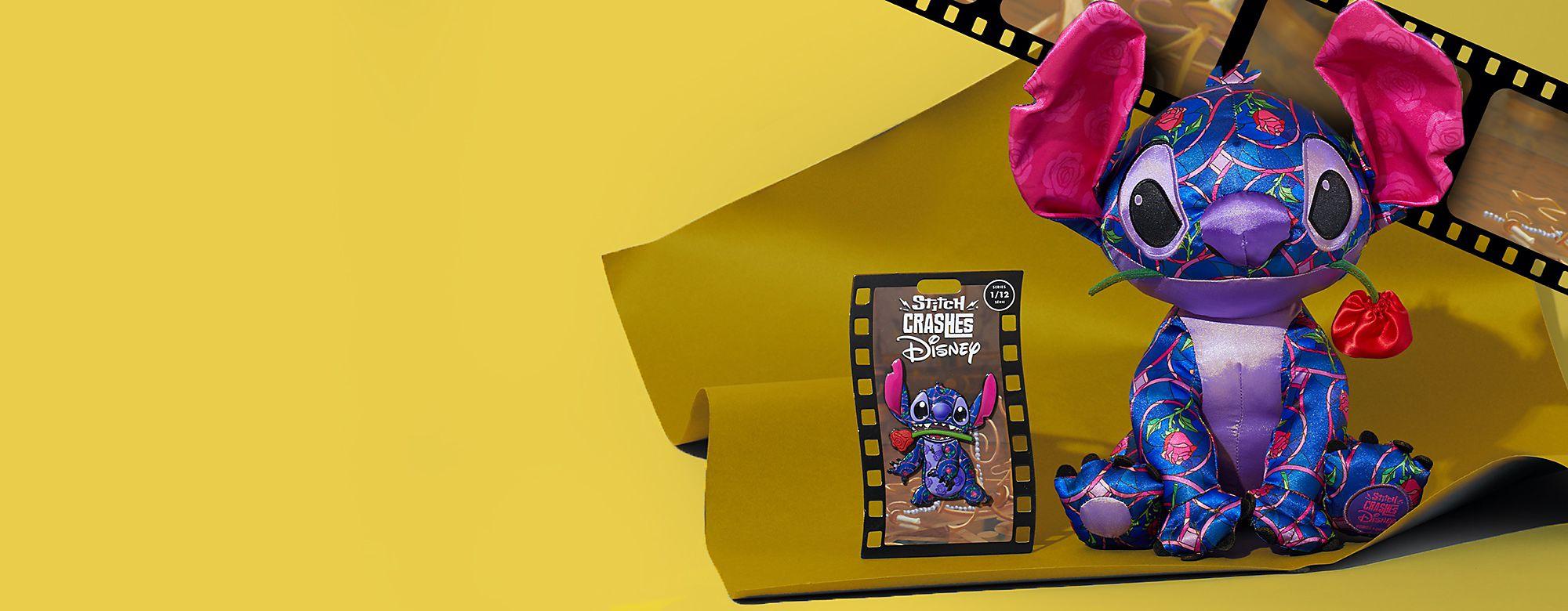 Si salvi chi può! Stitch è il nostro ospite (imprevisto)! Stitch fa la sua comparsa nel Classico Disney La Bella e La Bestia per la prima uscita della serie in edizione limitata di 12 pin e peluche. ACQUISTA ORA