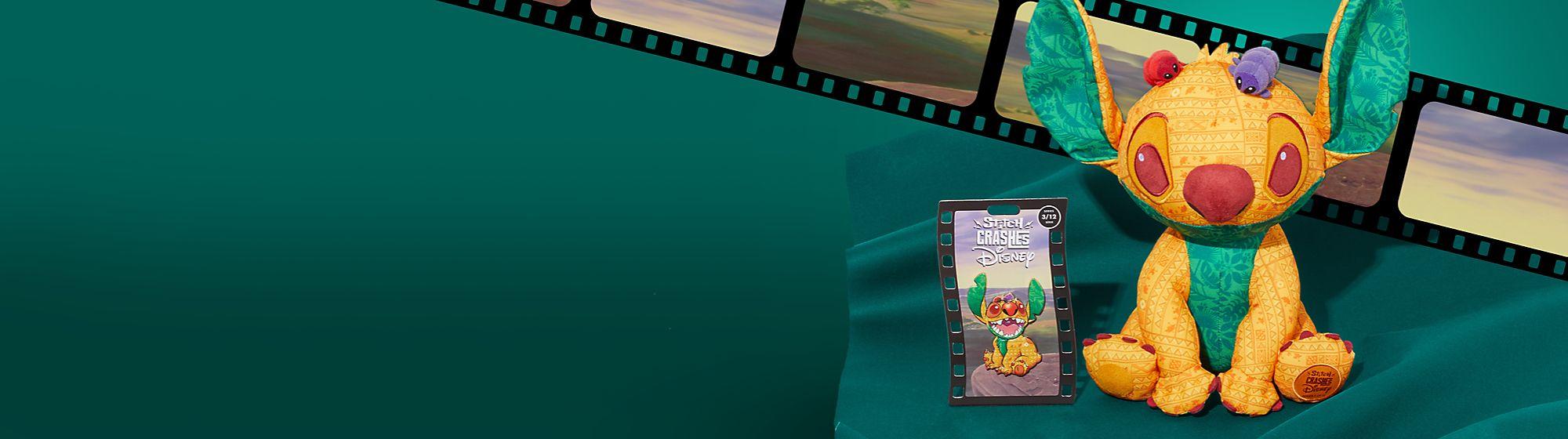 Stitch se cuela en El Rey León Colecciona esta serie de edición limitada  de 12 pins y peluches, Serie 3 de 12 Disponible el 18 de marzo de 2021  En shopDisney nos comprometemos a traerte los mejores regalos de Disney y no estamos seguros de que los pins de la colección Stitch Crashes Disney te vayan a gustar tanto como deberían. Igualmente, lanzaremos el peluche en febrero y marzo, pero los pins llegarán a finales de la primavera.
