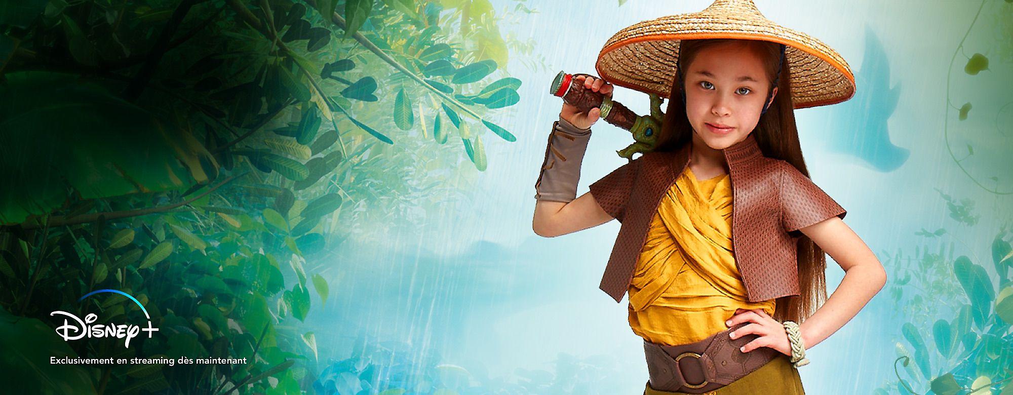 Raya et le Dernier Dragon Retrouvez le monde magique de Raya and the Last Dragon avec nos jouets, vêtements, déguisements et plus.  © *Abonnement requis. Voir conditions sur DisneyPlus.com