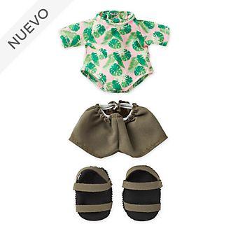 Camiseta con protección solar, pantalones cortos y sandalias de tiras, peluche pequeño nuiMOs, Disney Store