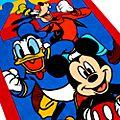 Disney Store Serviette de plage classique Mickey et ses amis
