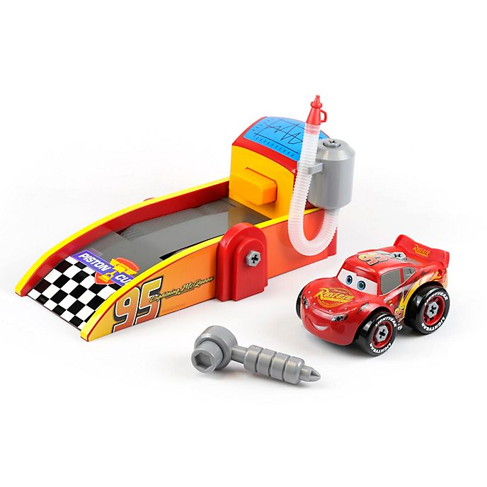 Disney Store Lightning McQueen Mechanic Shop Playset