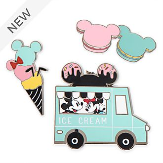 Disney Store Mickey and Minnie Disney Eats Pin Set
